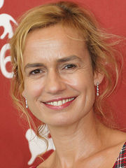 Portrait of Sandrine Bonnaire (click to view image source)