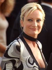 Portrait of Patricia Kaas (click to view image source)