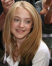 Portrait of Dakota Fanning (click to view image source)