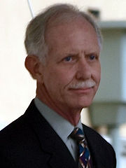 Portrait of Chesley Sullenberger (click to view image source)