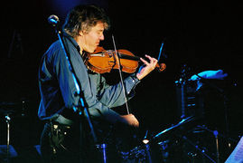 Portrait of Didier Lockwood (click to view image source)