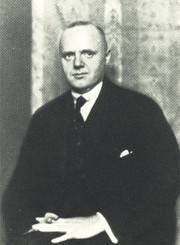 Portrait of Rudolf Schröder (click to view image source)