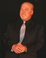 Portrait of Stacy Keach (click to view image source)