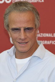 Portrait of Christopher Lambert (click to view image source)