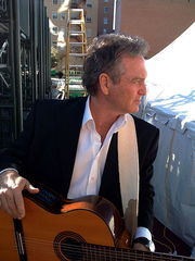 Portrait of Larry Gatlin (click to view image source)