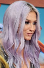 Portrait of Kesha  (click to view image source)
